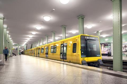 Znalezione obrazy dla zapytania: new metro stadler berlin